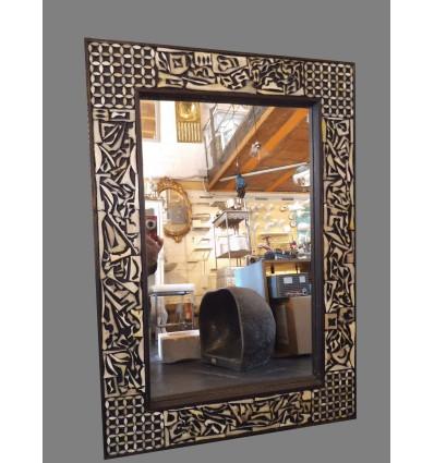image: Espejo hueso madera