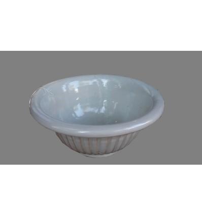 image: lavabo sobreencimera crema rallado borde curvo